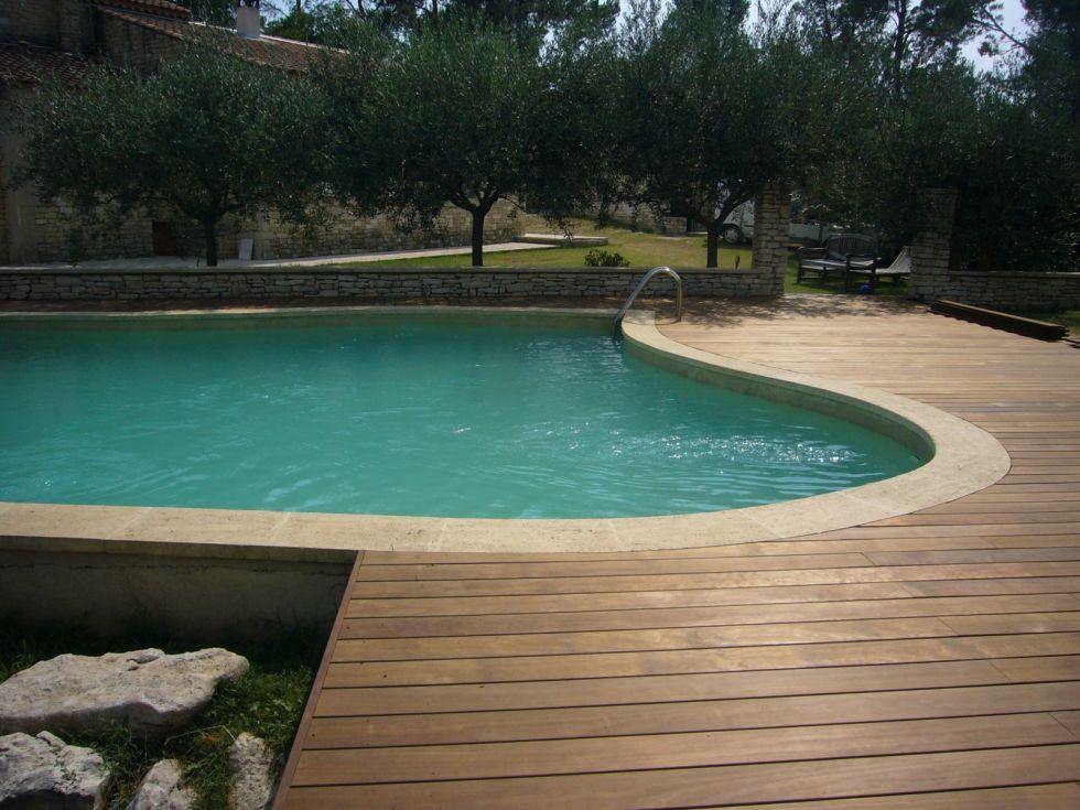 Plage de piscine en bois kenony salon de provence Piscine salon de provence canourgues